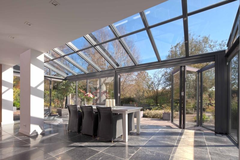 hochwertiger wohnwintergarten bild solarlux. Black Bedroom Furniture Sets. Home Design Ideas